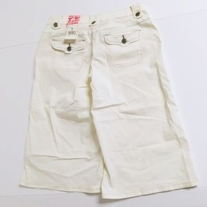 Zanadi Juniors Size 7 capri jean shorts white new